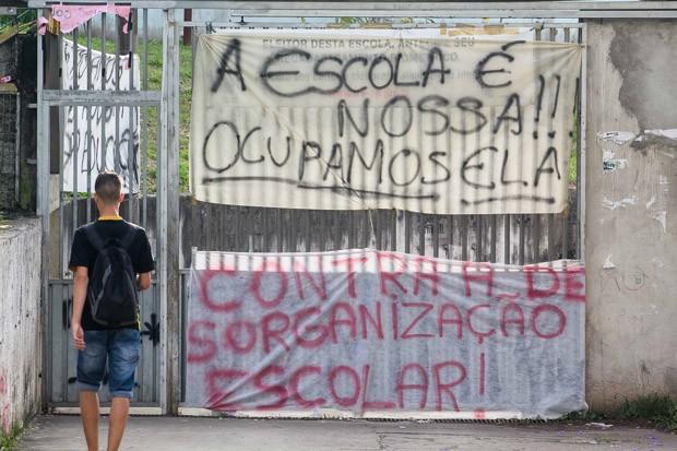 protesto-escola-sp_renato_mendes_estadao_conteudo-2